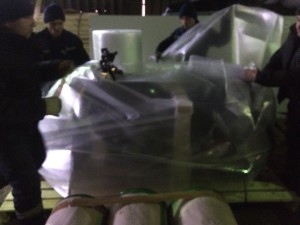 Упаковка потоцикла в транспортной компании